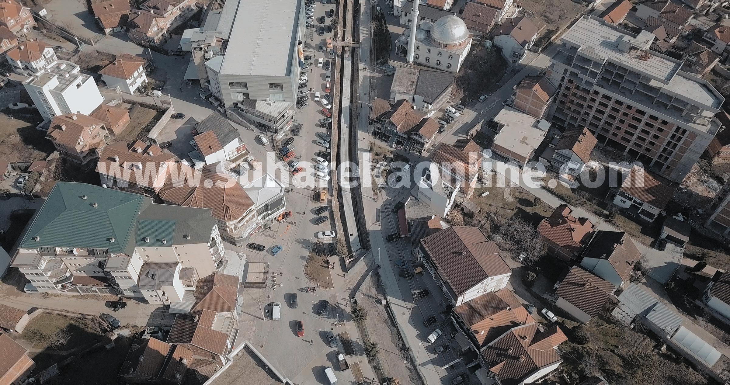 """Kuçi: Tenderi për """"Sheshin e Qytetit"""" në Suharekë është fituar në mënyrën më të rregullt të mundshme"""
