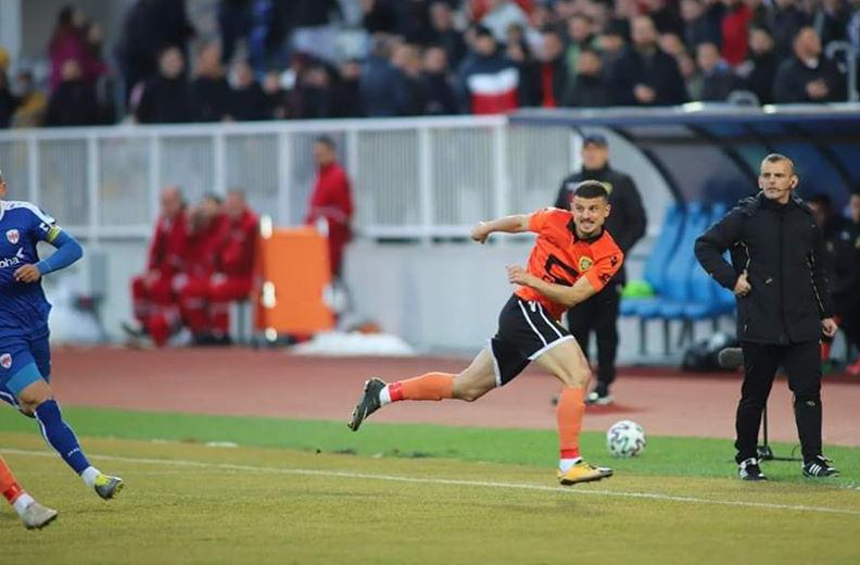 """Futbollisti i Ballkanit """"i vërshuar"""" nga ofertat"""