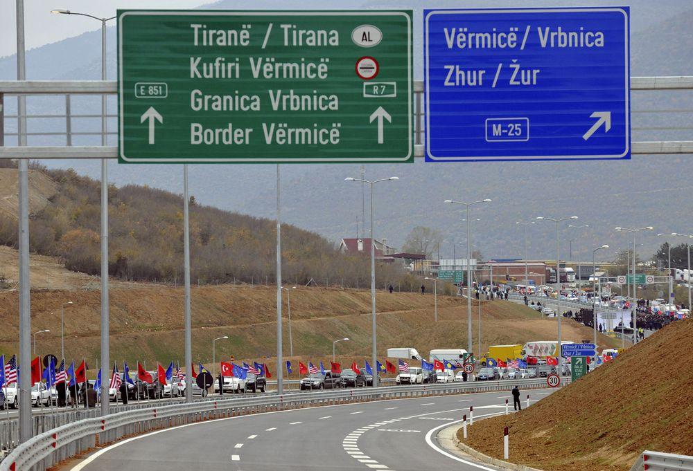 Vetëm sot 7500 kosovarë ia mësynë bregdetit shqiptar