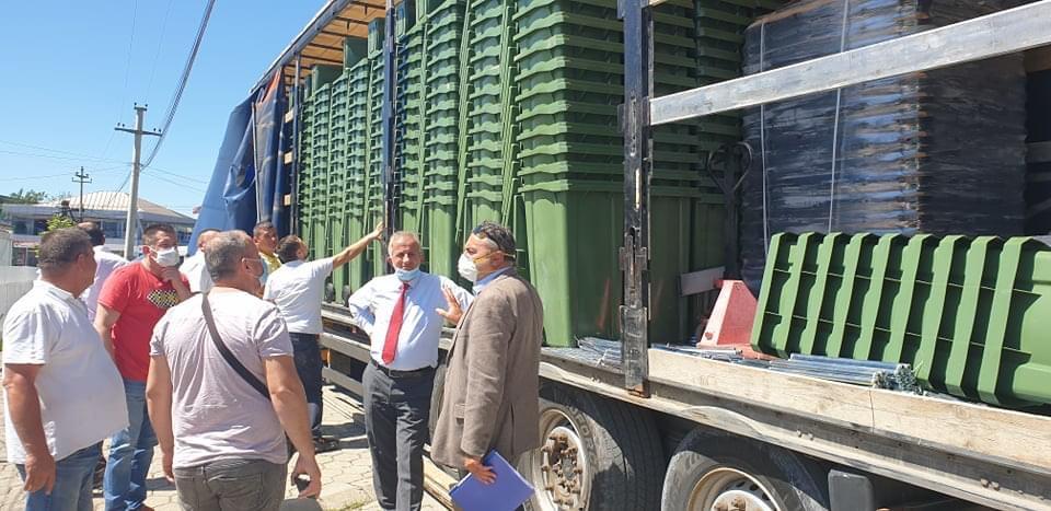 Ambient i pastër, 4559 kontenjerë do të shpërndahen në fshatrat e Suharekës