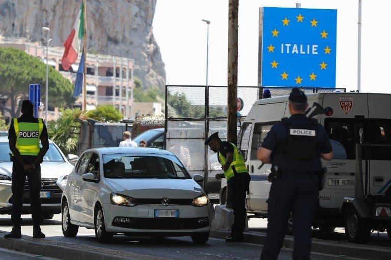 Itali, të gjithë personat që vijnë nga shtetet jashtë Shëngenit karantinë 2 javore