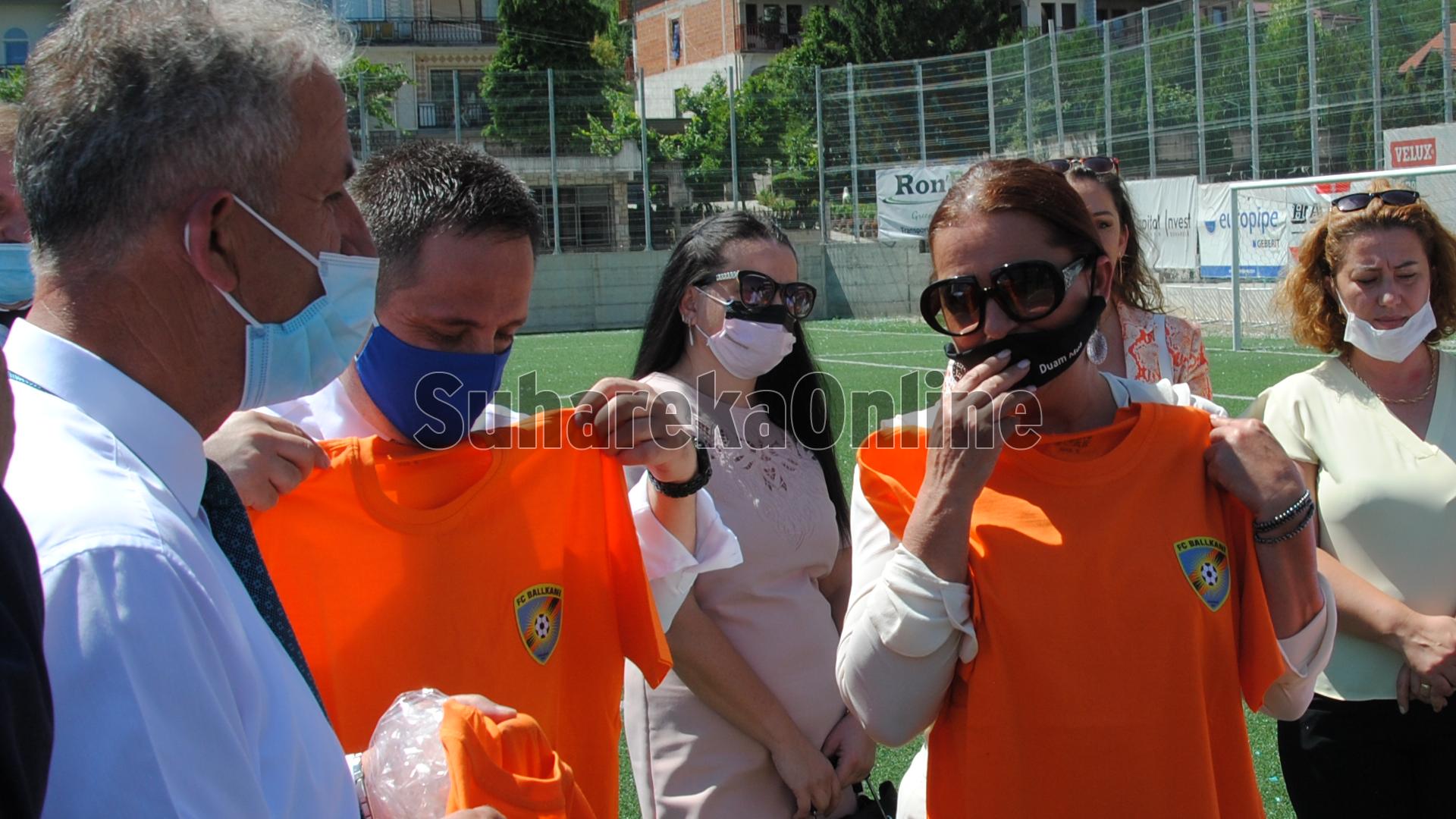 MKRS-ja ndanë 200 mijë euro për stadiumin e qytetit të Suharekës