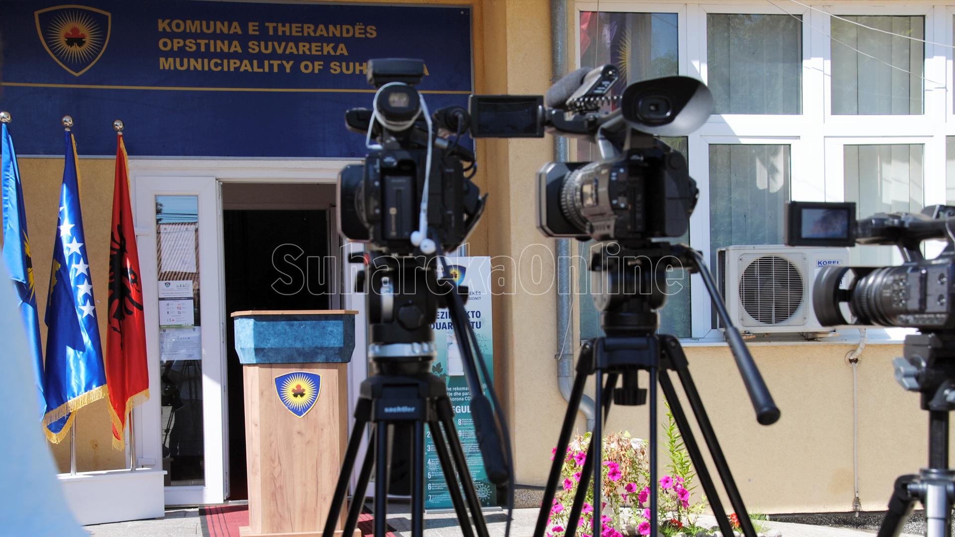 Avokati i Popullit: Të trajtohen me prioritet rastet e sulmeve dhe kërcënimeve ndaj gazetarëve