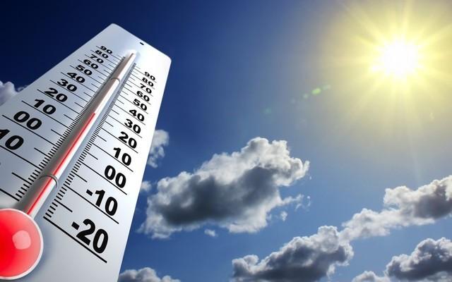 Mot i nxehtë dhe kryesisht me diell parashihet të mbajë sot dhe ditëve në vijim