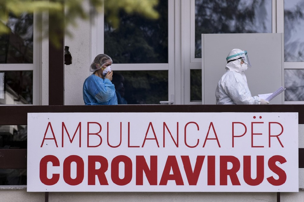 COVID-19 në Kosovë, 8.841 raste aktive dhe 2.173 viktima