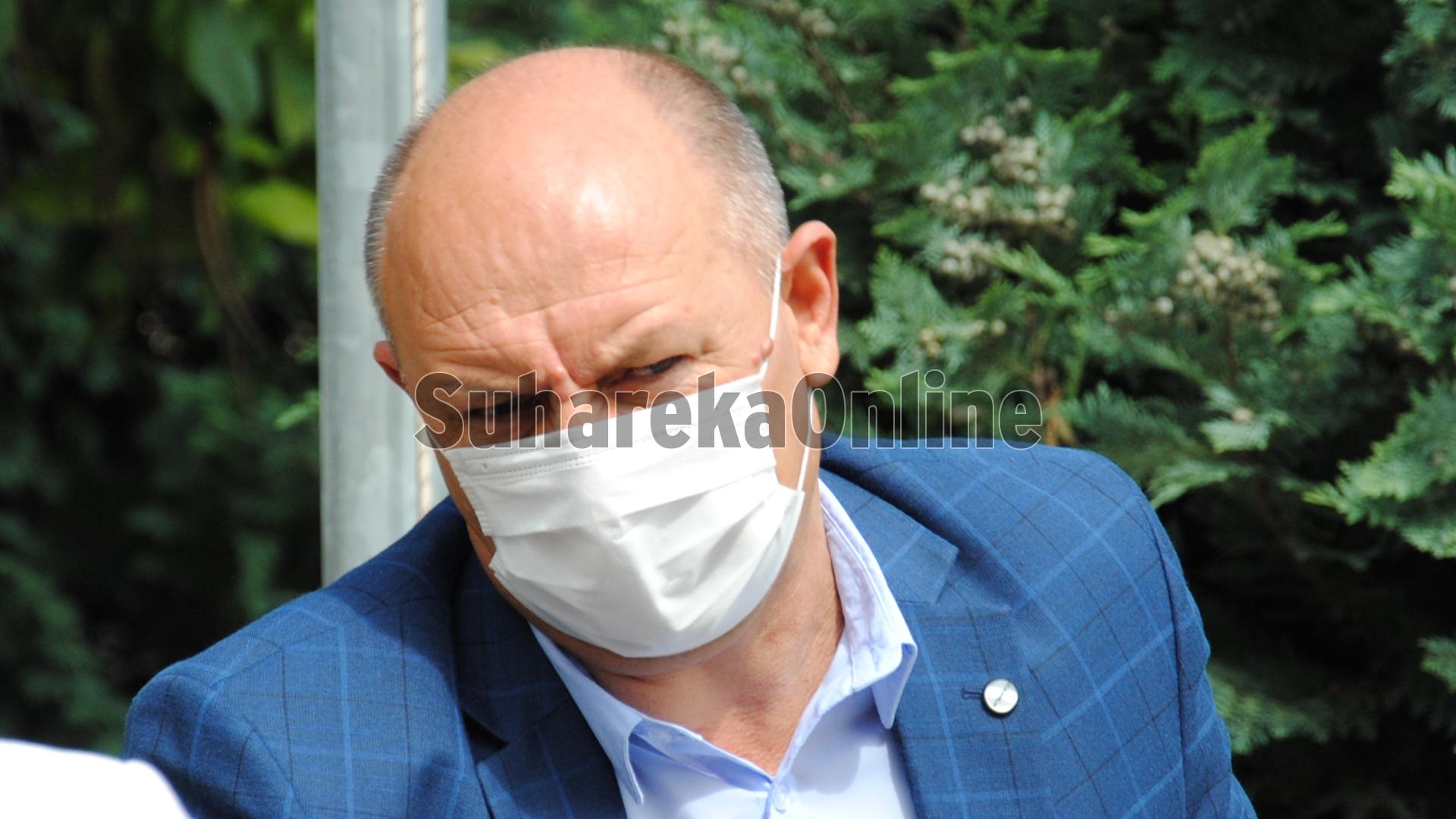Të revoltuar, LDK e Suharekës lëshon seancën e asamblesë komunale