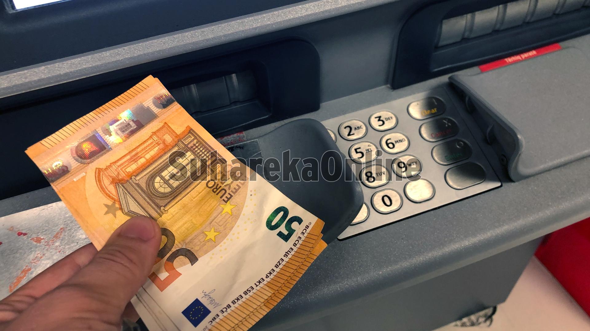 Kurti: Askush nuk do të marrë më pak sesa 10 euro në ditë nëse punon 8 orë