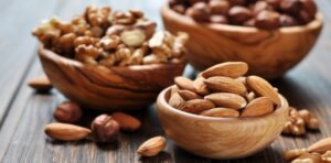 Ushqimet e duhura për jetëgjatësinë – Sa dhe si duhet t'i konsumoni