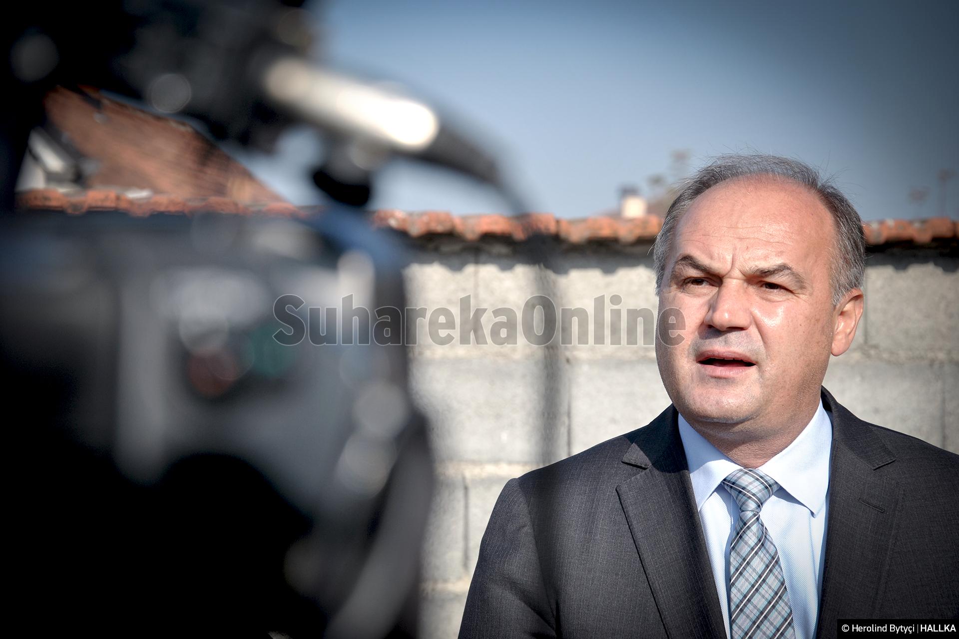 Hoxhaj: 1 muaj qeverisje pa plan! Për ti luftuar dështimet Kurti po i përndjek mediat