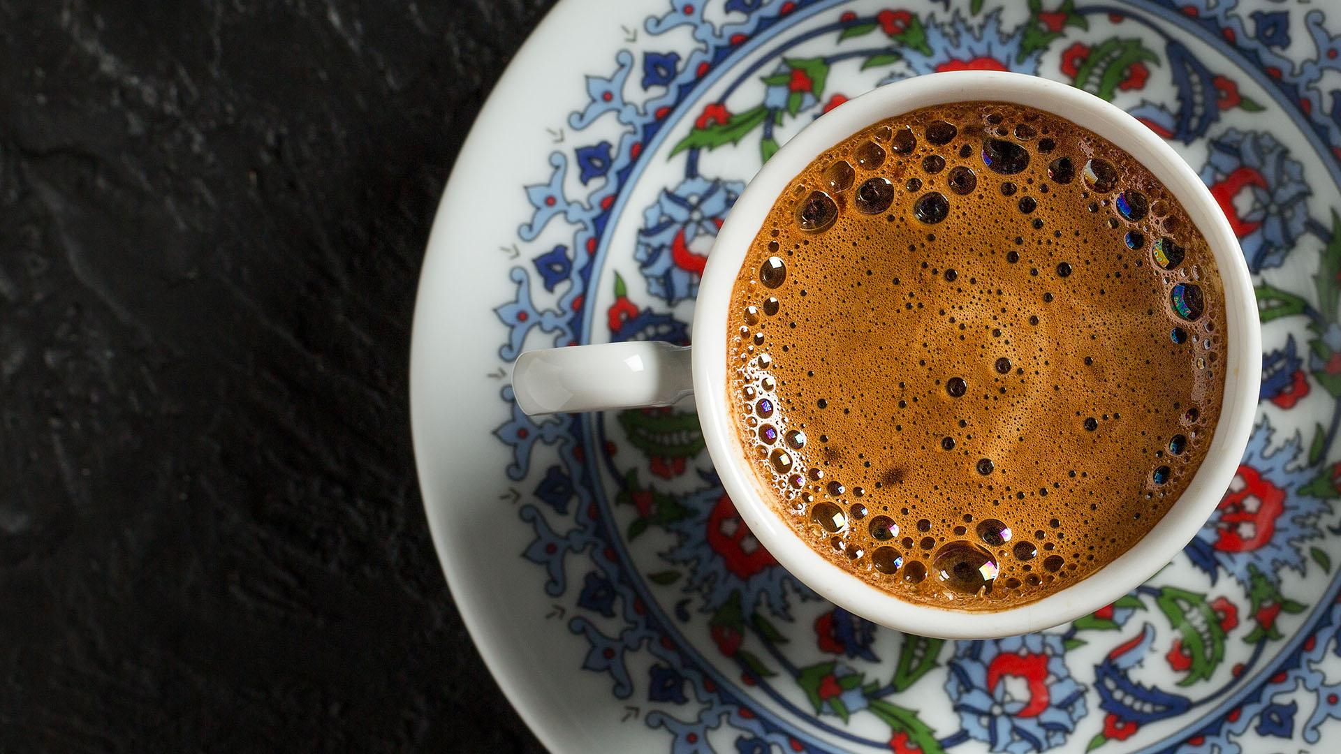 Si ndikon kafeja turke tek personat që vuajnë nga kolesteroli i lartë