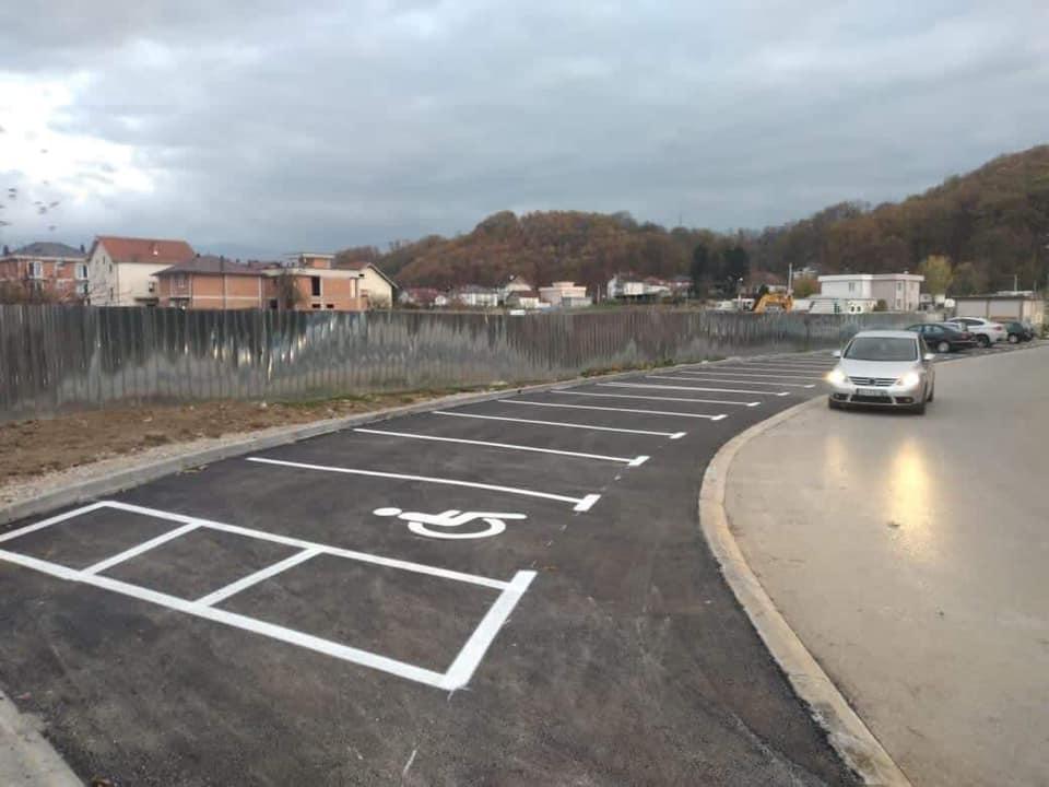 """Parkingje të reja në lagjën """"Fidanishtja"""" në Suharekë"""