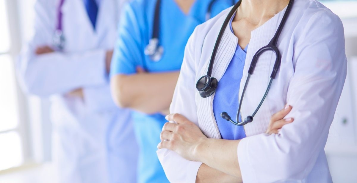 FSSHK e pakënaqur me vendimin e Qeverisë për ndarjen e mjeteve shtesë për punëtorët shëndetësor