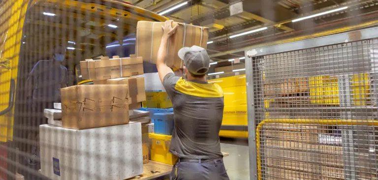 Vjedhi 115 paketa nga posta ku punonte, kosovari del para gjykatës në Zvicër
