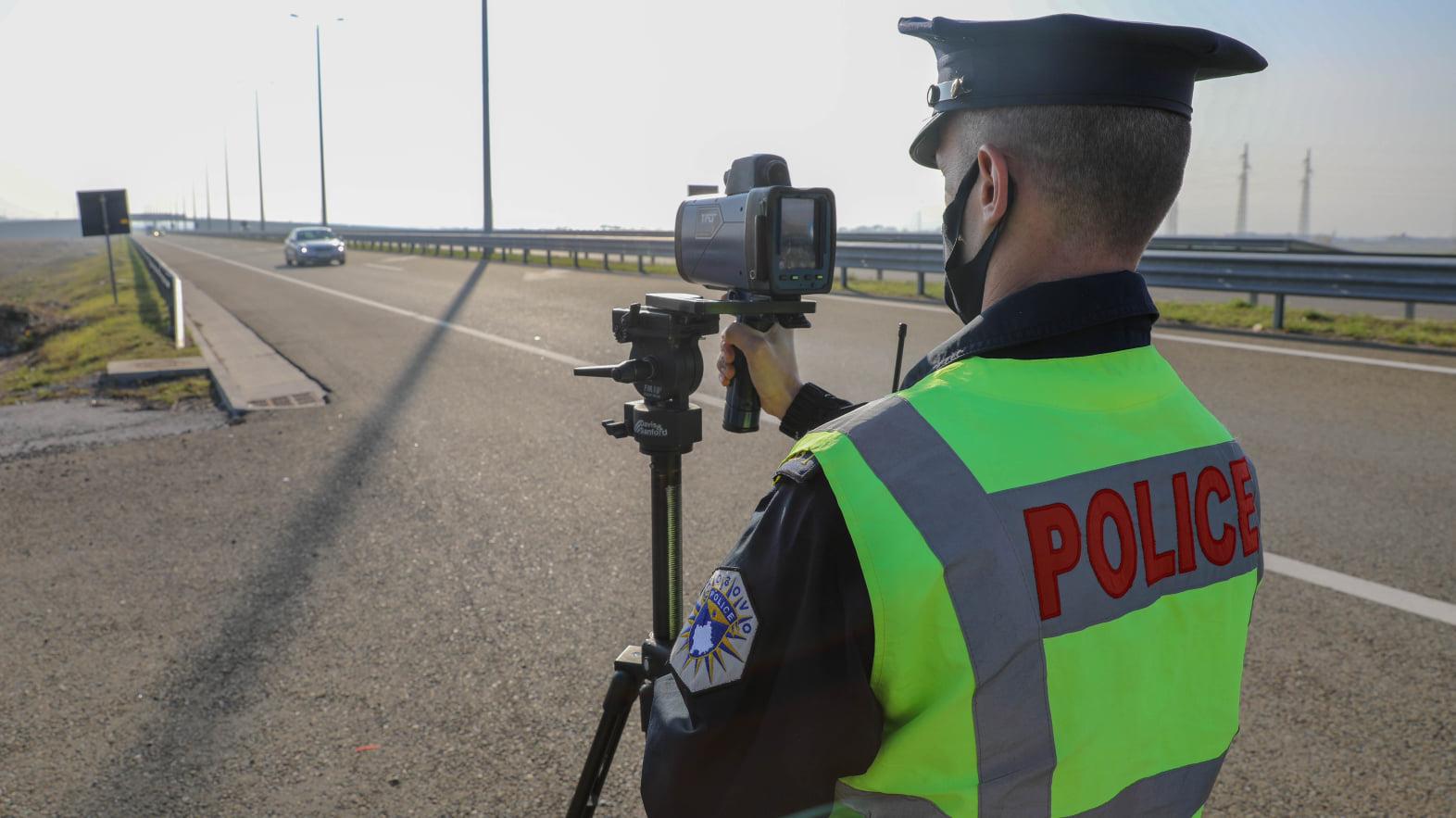 55 aksidente dhe mbi 1,300 tiketa trafiku për 24 orë