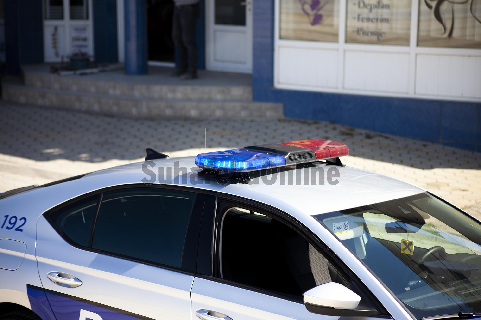 Kanosi zyrtarët policorë, arrestohet qytetari nga Suhareka