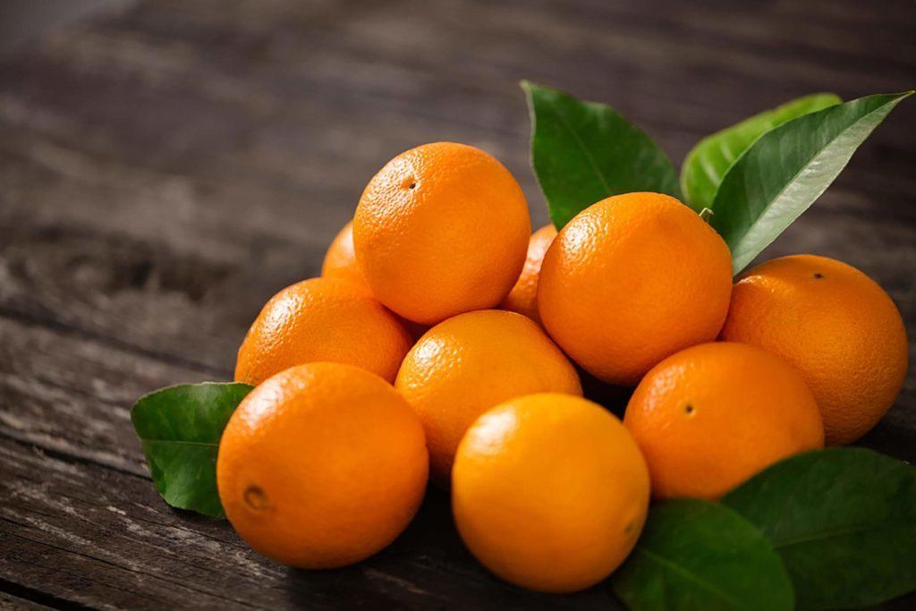 7 përfitimet mahnitëse nga përdorimi i lëkurës së portokallit