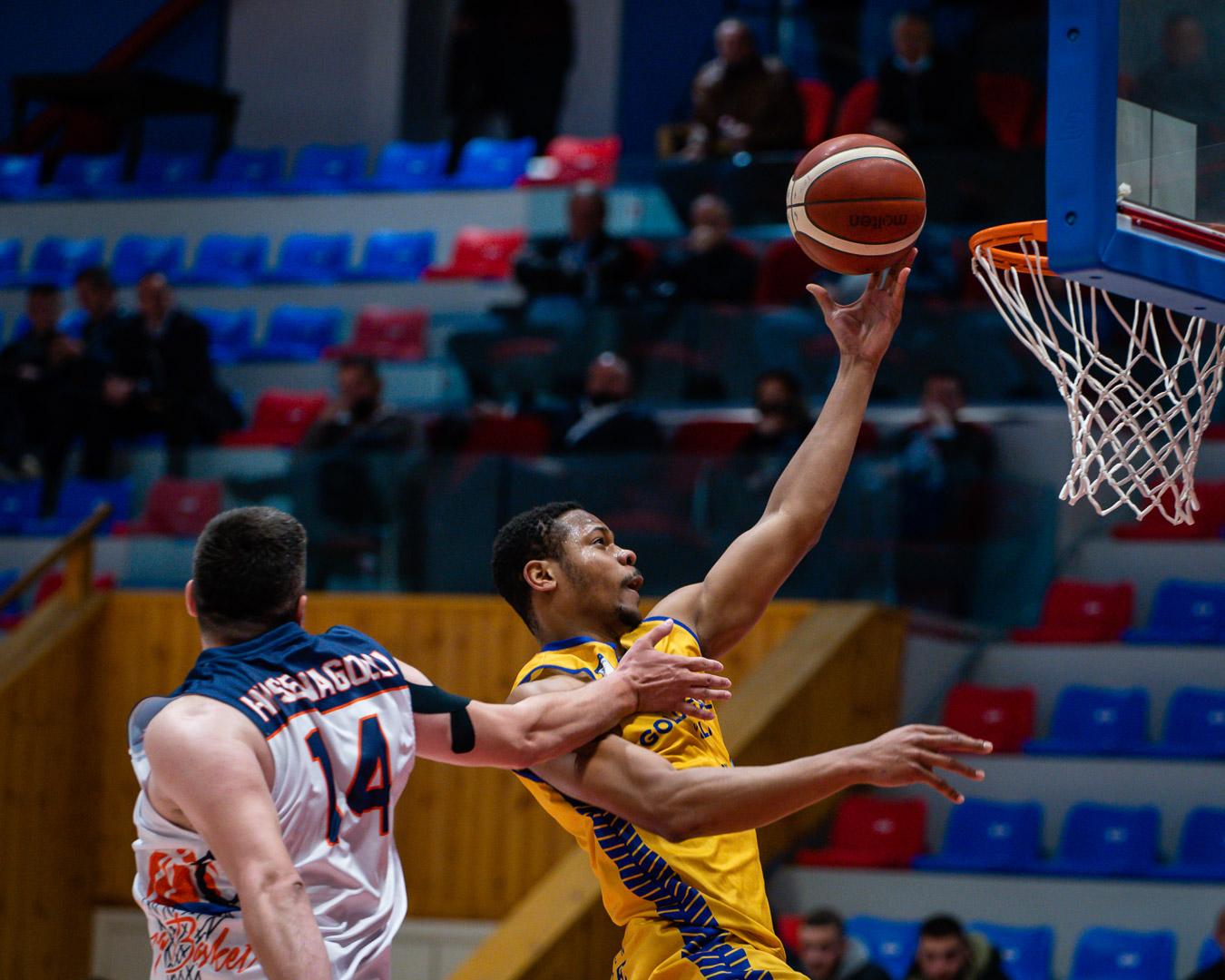 KB Ylli triumfon në Durrës, kualifikohet në finale
