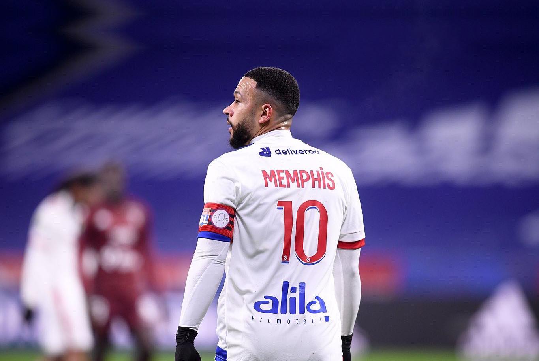 Juventusi në garë për transferimin e Memphis Depay