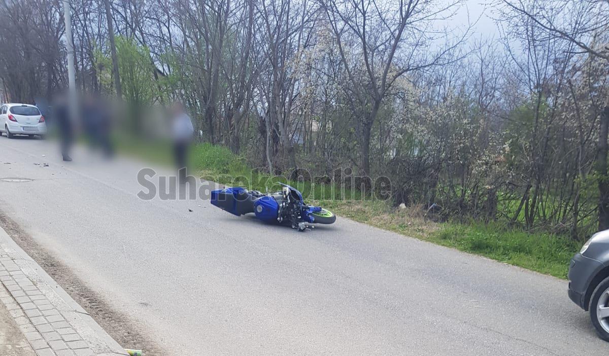 Vetaksidentohet një motoçiklist në Leshan, dërgohet në QKUK
