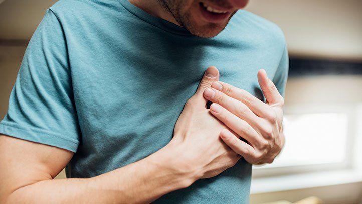 Dhimbjet e muskujve të kraharorit – Çfarë i shkakton dhe si trajtohen
