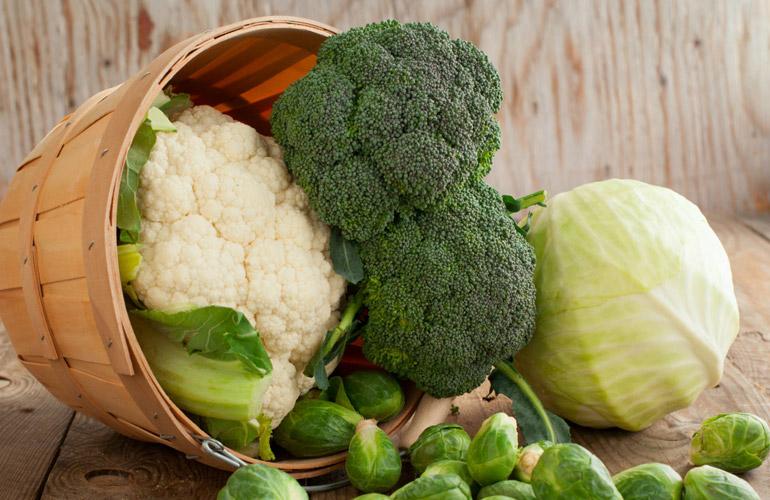 Ushqimet e shëndetshme që bëhen të rrezikshme nëse e teproni