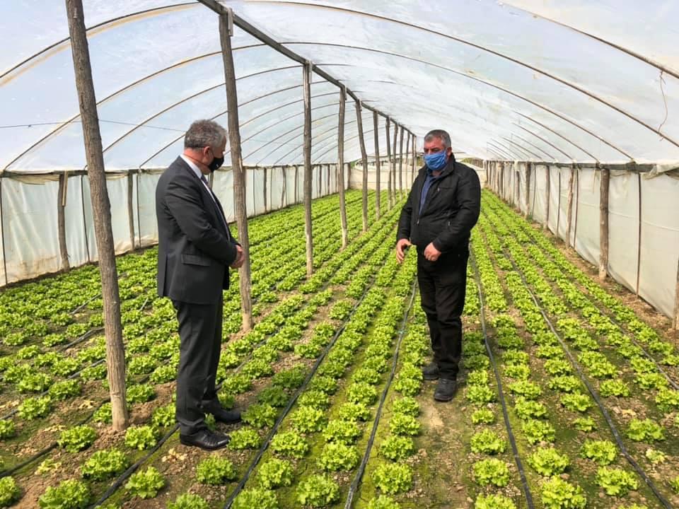 Mbyllja totale, Muharremaj: Bujqit suharekas të shqetësuar me masat e reja