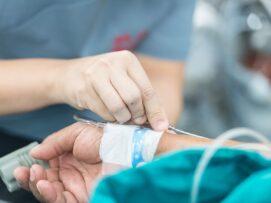 376 pacientë të infektuar me COVID-19 po trajtohen në spitalet e Kosovës