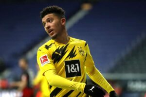 Dortmund zbret çmimin e Jadon Sanchos