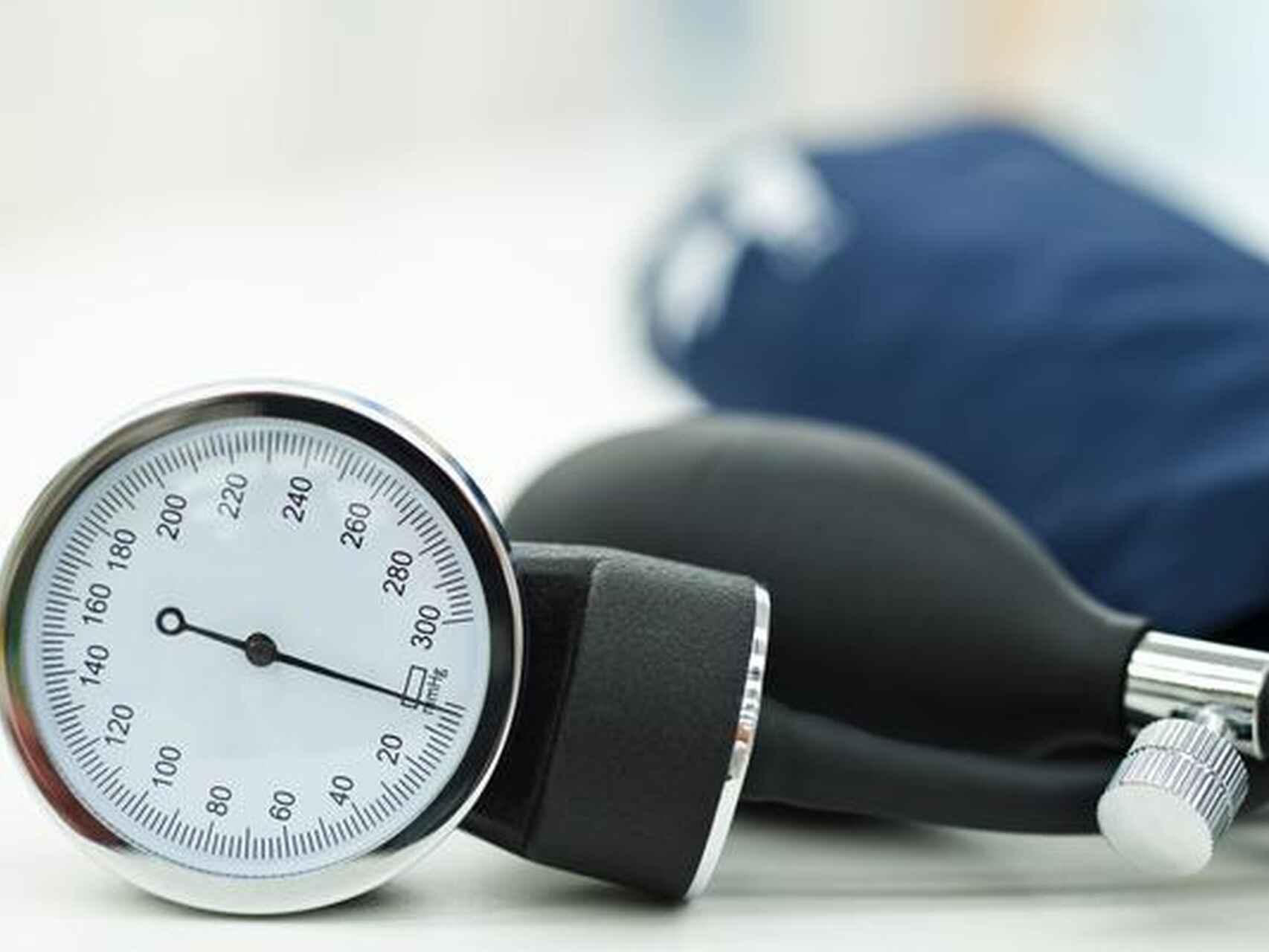 Tensioni i lartë i gjakut, ja cilat ushqime dhe pije duhet ti mënjanoni