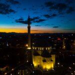 Kosovës i rekomandohet ta ndryshojë Ligjin për Lirinë Fetare
